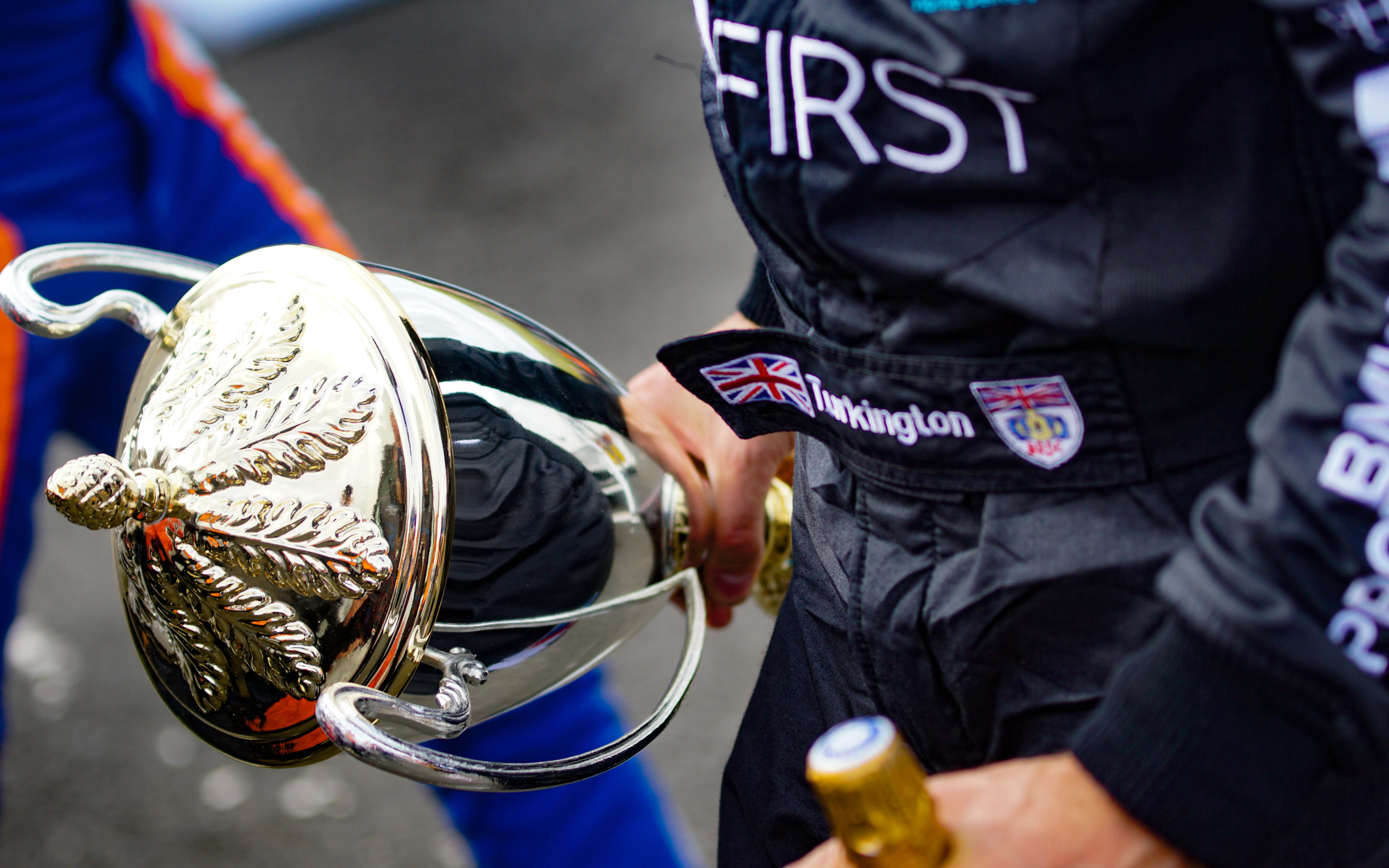 ANOTHER PAIR OF PODIUMS FOR CHAMPIONSHIP LEADER